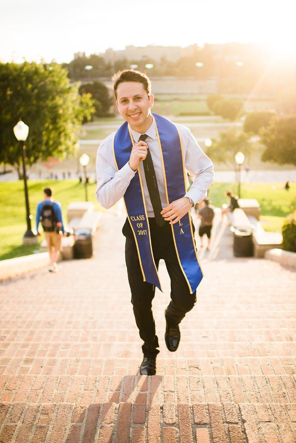 los-angeles-ucla-senior-graduation-portraits_0037.jpg