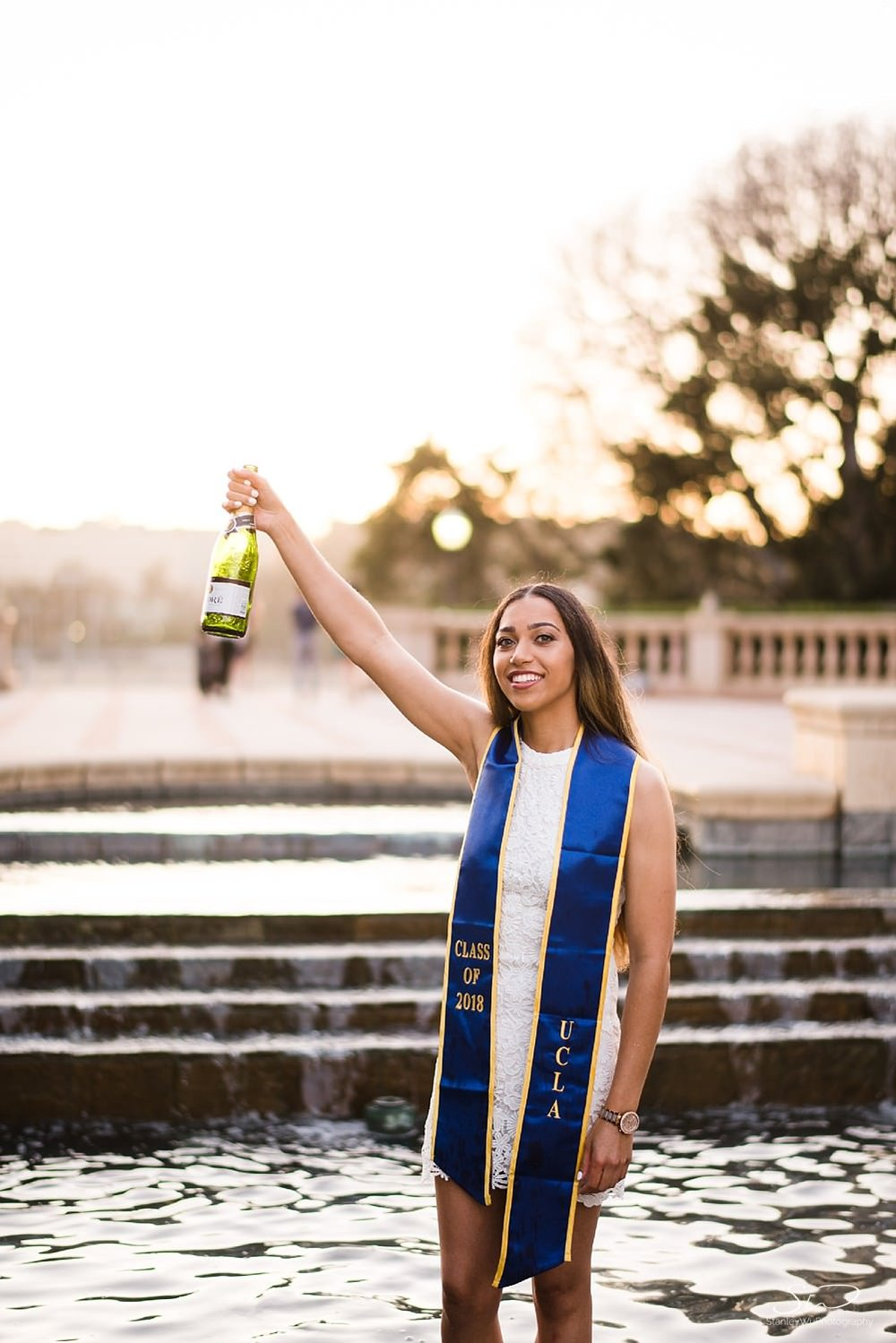 los-angeles-ucla-graduation-senior-portraits_0018.jpg