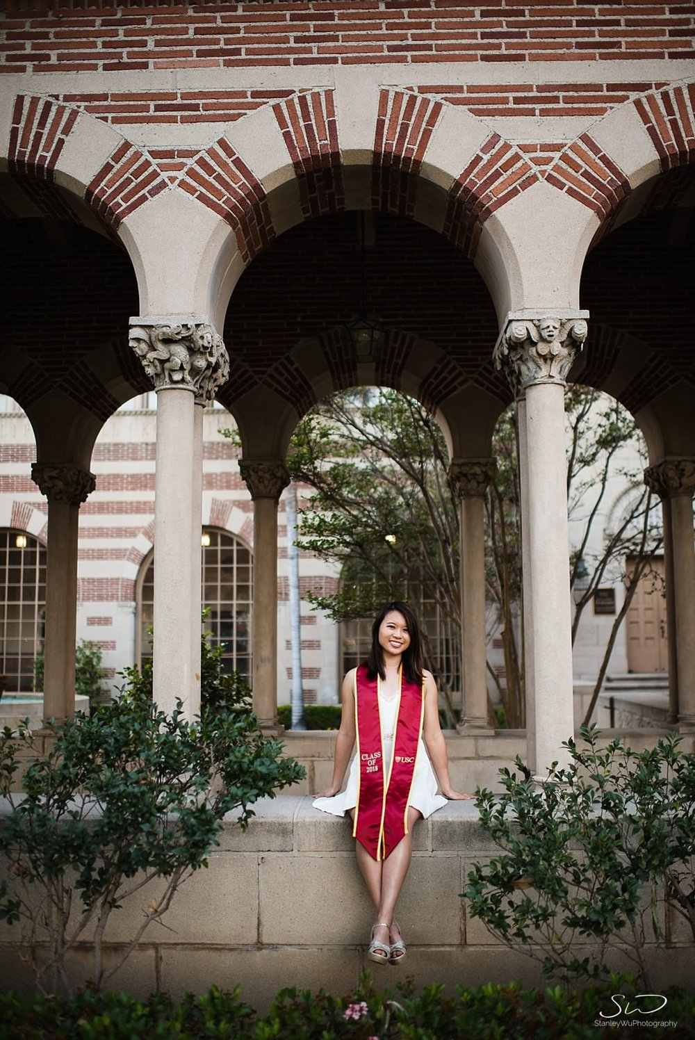 USC senior sitting at Mudd Hall | Los Angeles Graduation and Senior Portrait Photographer