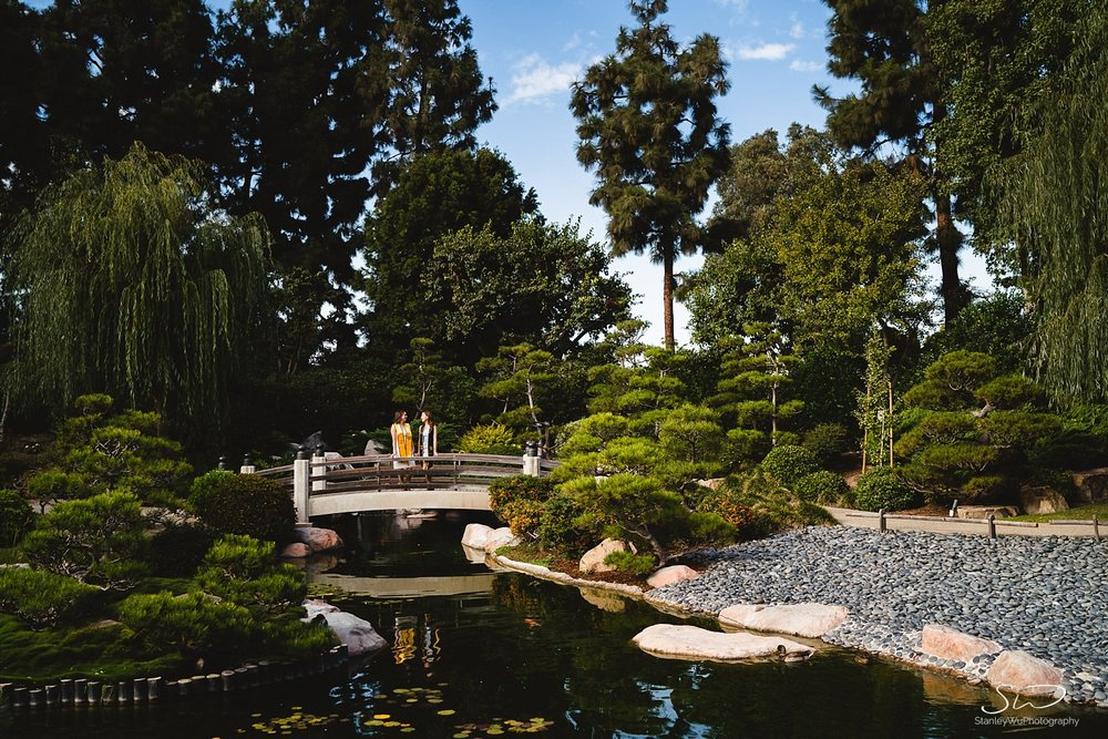beautiful landscape graduation portraits at csulb earl burns miller japanese garden