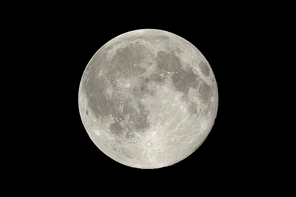 Full Moon PHOTO BY: Zachary Hayes