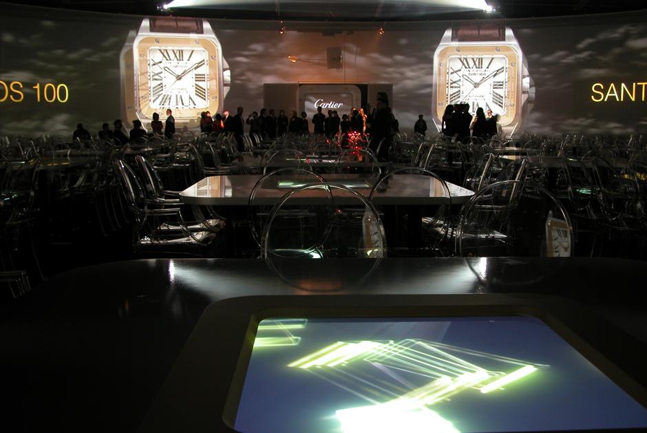 Cartier+-+Centenaire+de+la+montre+Santos+Dumont+-+Musée+de+l'Air+et+de+l'Espace+–+Le+Bourget+-+2004+-+France+2.jpg