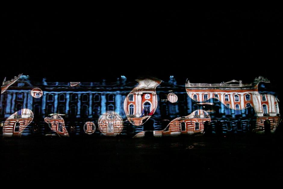 Horizontales+-+Jamais+deux+fois+le+même+fleuve+-+2012+–+France+–+Année+Garonne+–+Capitole+–+Toulouse+4.jpg
