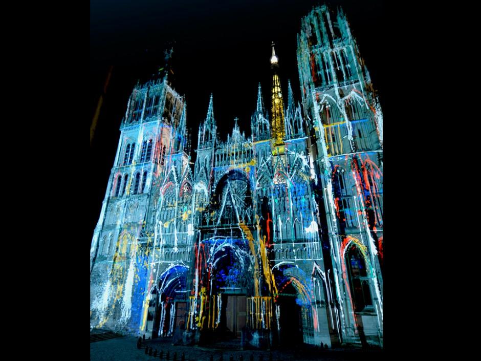 Rouen+Nuits+Impressionnistes+-+Zône+Sensible+-+Cathédrale+Notre-Dame+–+2009+–+France+1.jpg