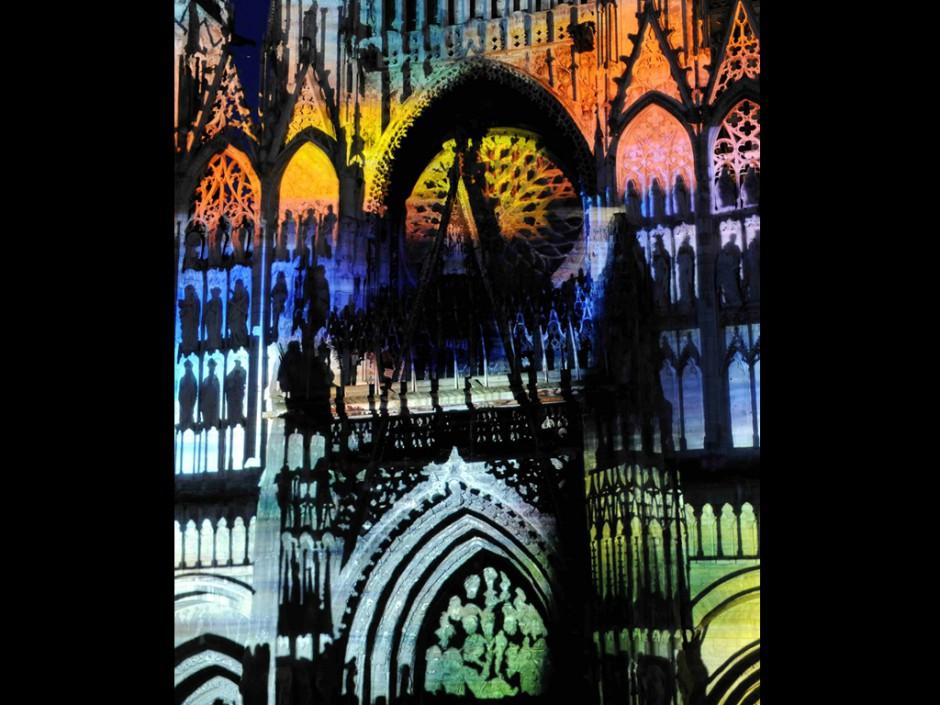 Rouen+Nuits+Impressionnistes+-+Zône+Sensible+-+Cathédrale+Notre-Dame+–+2009+–+France+3.jpg