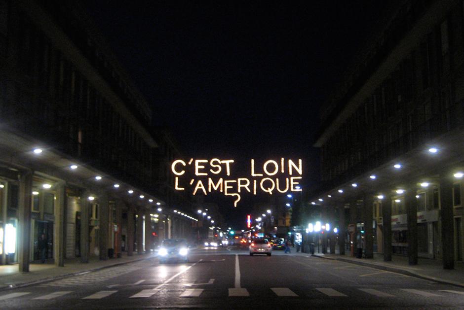 Patrimoines+en+Lumière+-+Le+Havre+-+Hôtel+de+Ville+-+Rue+de+Paris+-+Espace+Oscar+Niemeyer+2008+-+France+2.jpg