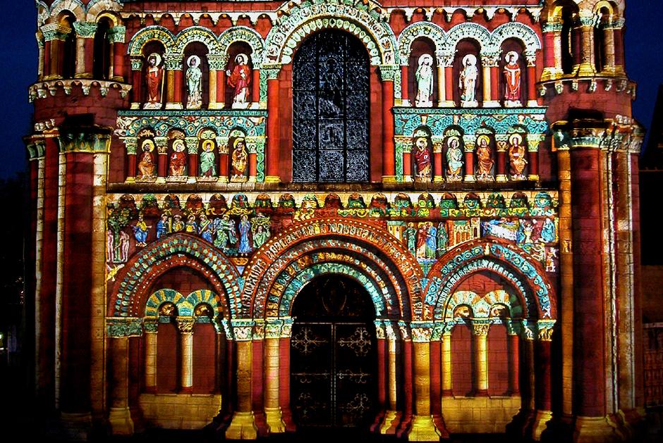 Polychromies+-+Poitiers+-+Notre-Dame-la-Grande+-+depuis+1995+-+France+4.jpg