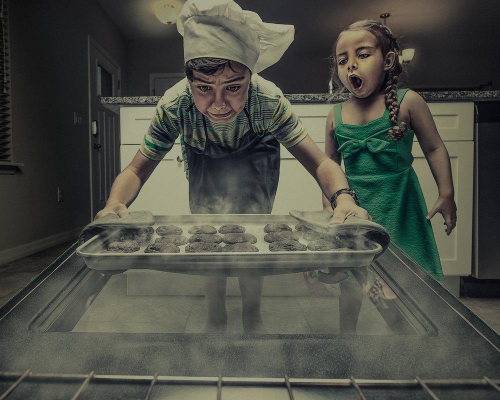 Fun kids photoshoot with cookies