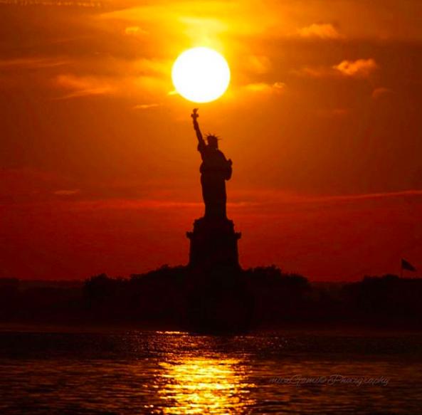 Sunset Photography: Statue of Liberty