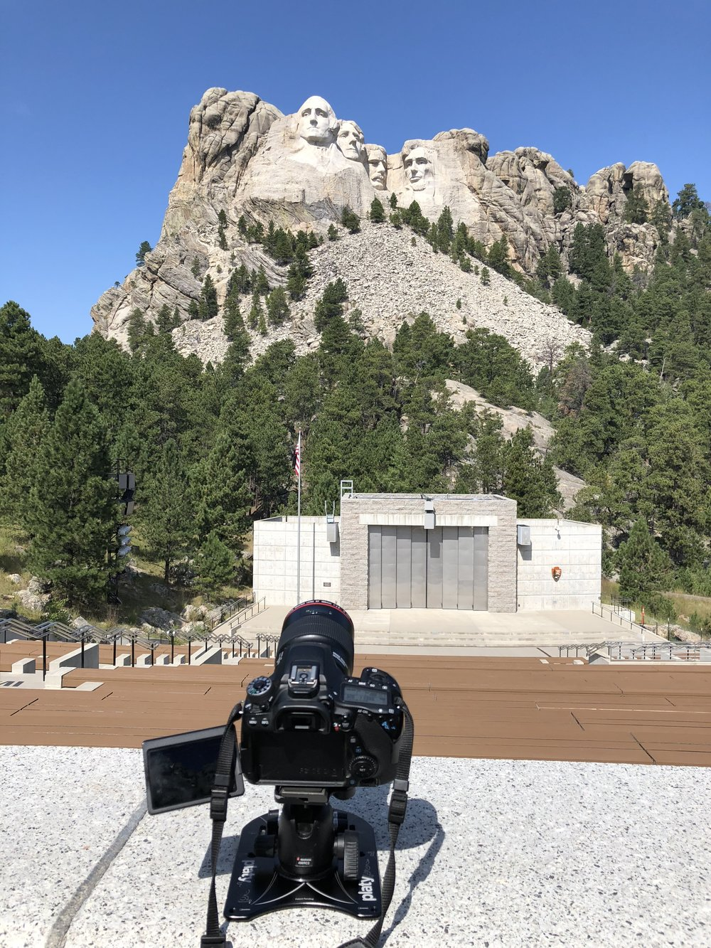 Mount Rushmore with Platypod Max.jpg