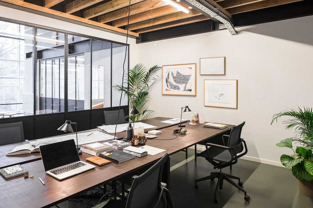 Suite - Private work space for your team.24/7 access to lobby and private work area.All services included.-Tailor-made package