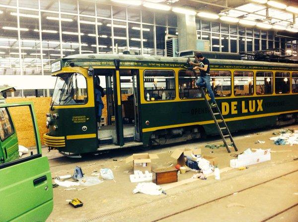 Tram DE LUX in opbouw