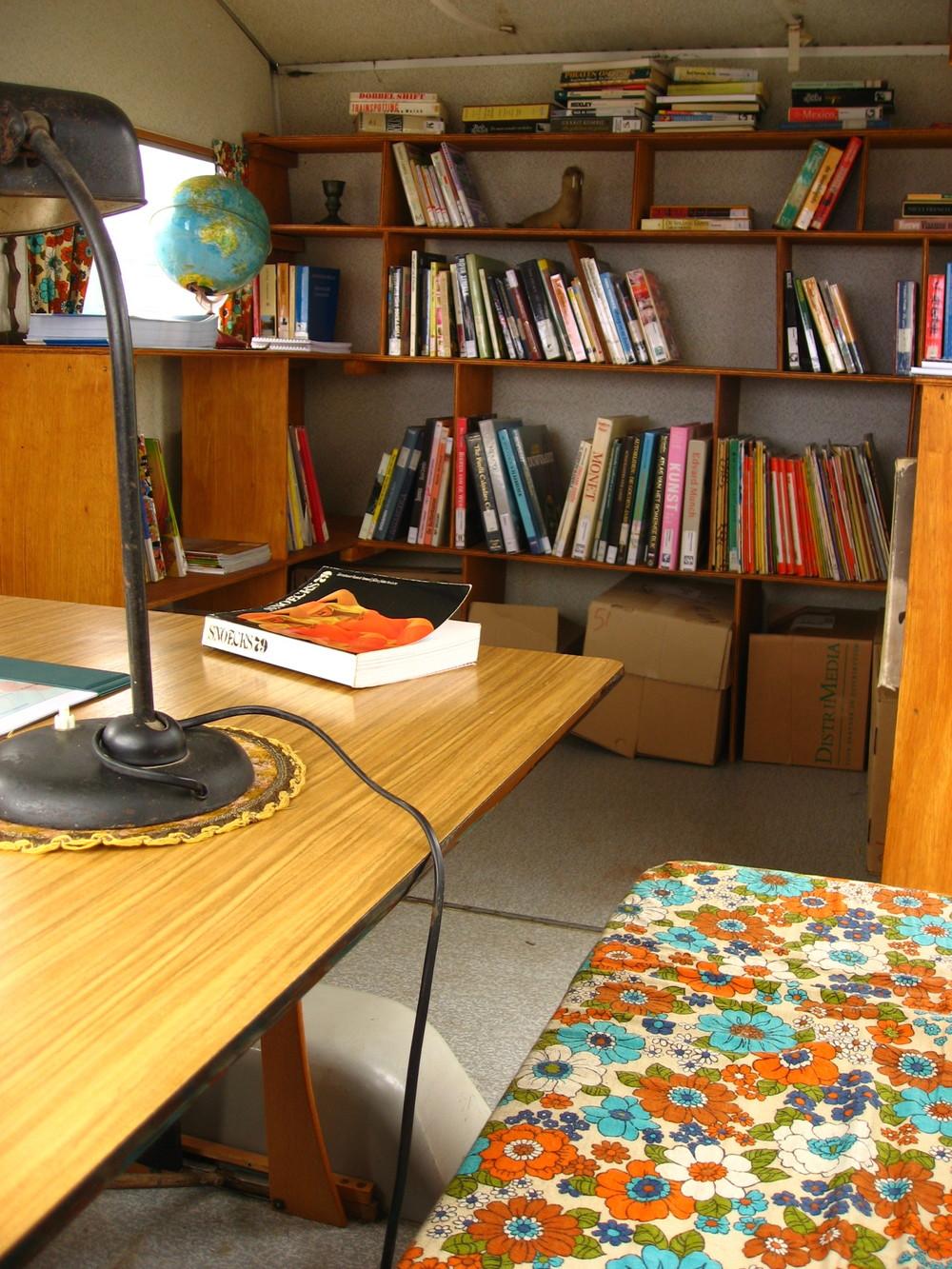 Campo cadiz bibliotheek caravan