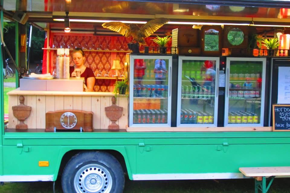Marktwagen tap en dranken-frigo