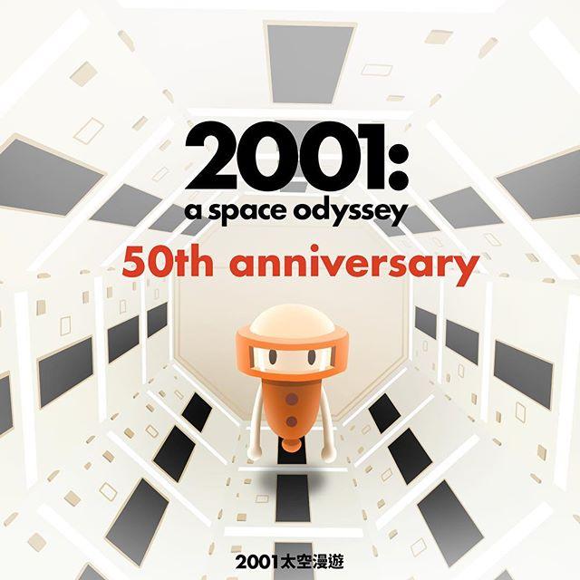 2001: A Space Odyssey, a modern sci-fi classic that inspired countless works across all forms of media, is returning to the silver screen this year. Don't miss out on the chance to experience this masterpiece! / 【五十年前,一部電影,預告人類至今的科技發展】〈2001太空漫遊〉就像一部關於太空和未來的預言,導演庫柏力克用 150 分鐘預言了 50 年的科技發展,如果細細盤點電影中對未來的描述有多少已成現實,你將驚嘆庫柏力克的想像如此超前和精準。 〈2001太空漫遊〉是近代科幻作品的啟蒙經典,無數大導演拍完科幻電影都要說一句:致敬庫柏力克和太空漫遊。聽說最近這部神片即將4K修復重現大螢幕,千萬不要錯過(小編已腳底抹油去預購了