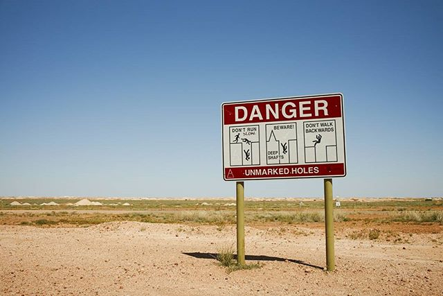 You have to be careful when you're in #cooberpedy @southaustralia #roadtrip for @austtraveller