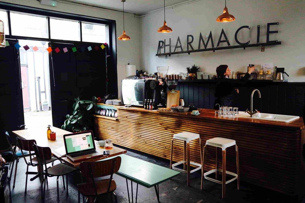 PHARMACIE COFFEE - pic Eliza Barnes