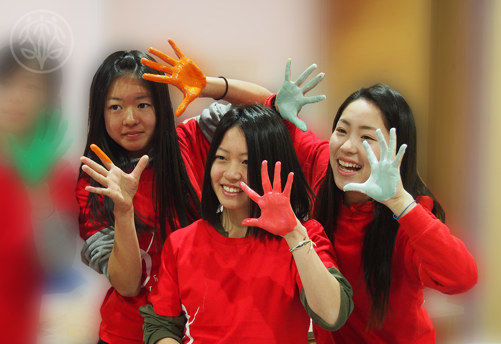 Nao, Aoi, and Kokoa create art with the Ohana International School team at Place to Grow Jan.21st, 2016.