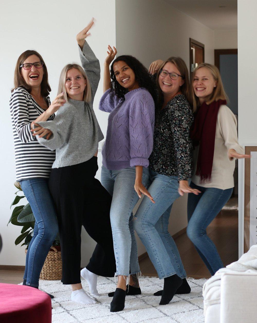 Joylla, positiivinen psykologia, sosiaalinen media, instagram, Lenita Lehtonen, Josetta Lehtonen, Adama Sofia, Paulina Piippo ja Netta Lehtonen.