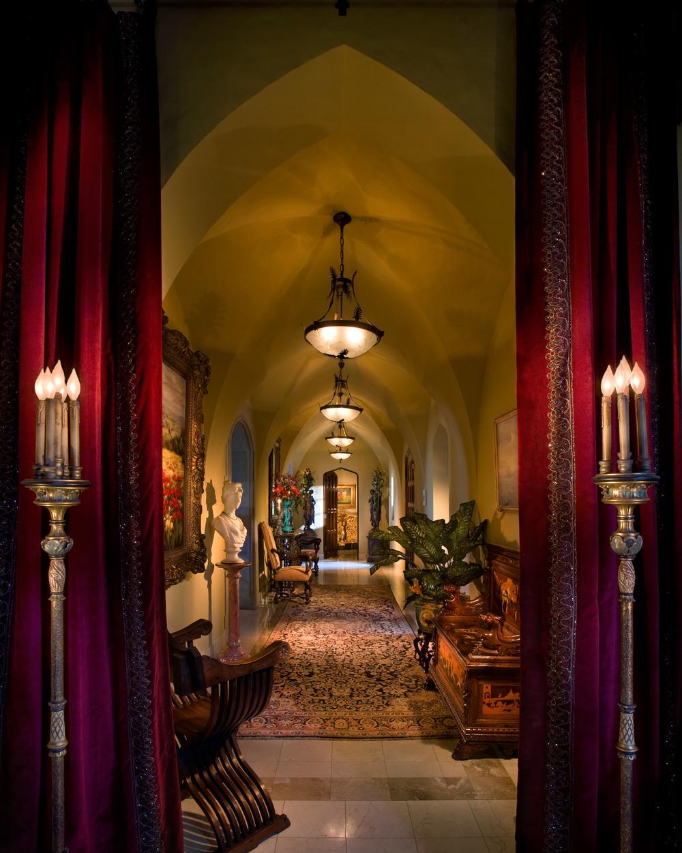 3 hallway.jpg