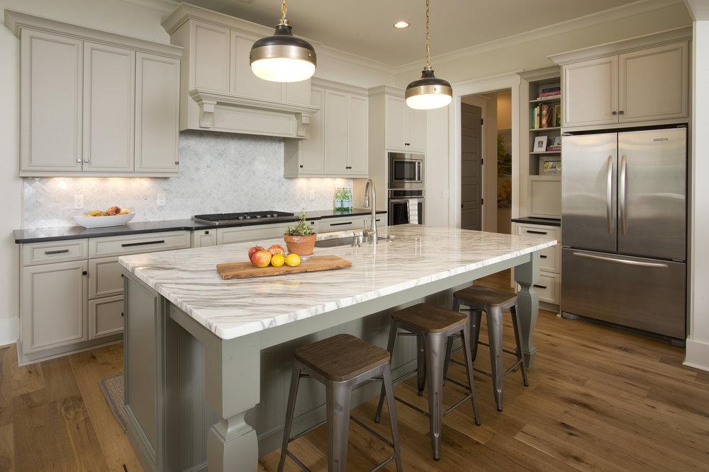 35Lynnfield-Kitchen.jpg