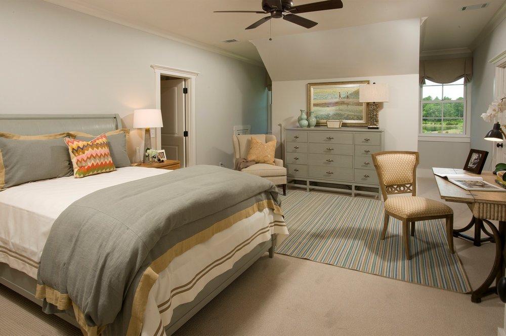 jr master bed (Copy).jpg
