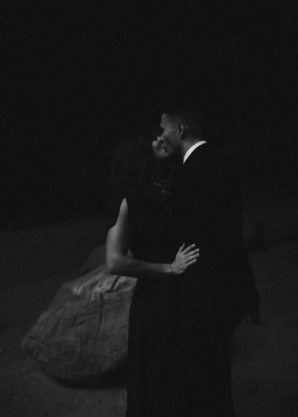 ariel-lynn-adventurous-film-elopement-inspo-27.jpg