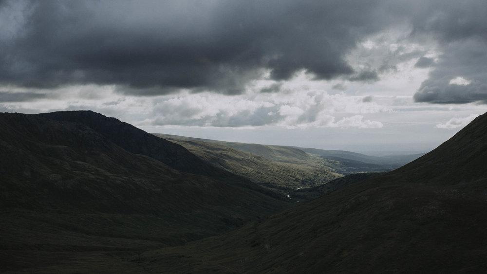 ariel-lynn-alaska-elopement-mountain-inspiration-23.jpg