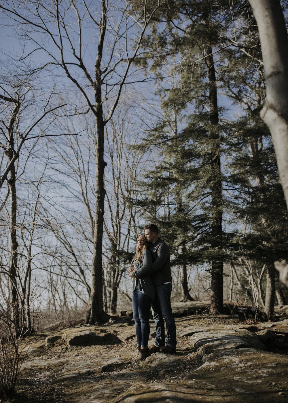 ariel-lynn-adventurous-hiking-ohio-engagements-16.jpg