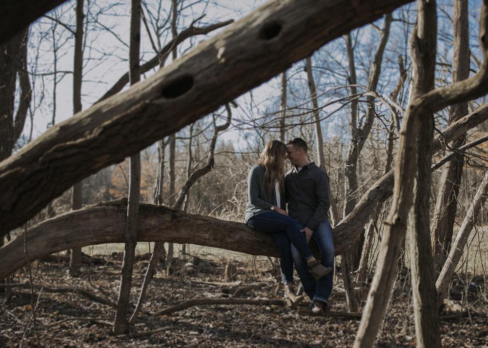 ariel-lynn-adventurous-hiking-ohio-engagements-2.jpg