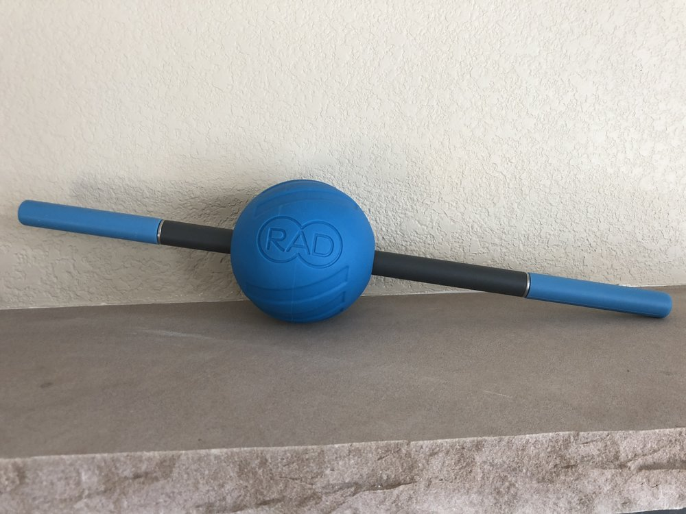 This is the RAD Atom coupled with the RAD Rod. Use the Rod post exercise to lightly flush your muscles and combine it with the ball to target specific muscle tightness.