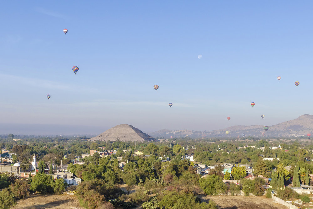 Teothihuacan Balloons Mexico.jpg