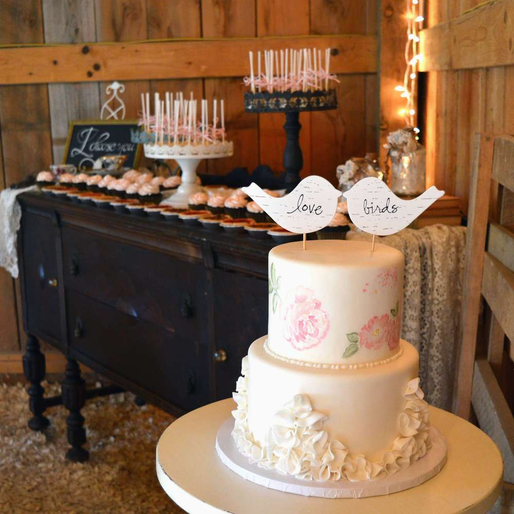 Diamond V Farm Wedding Cake 3.jpg