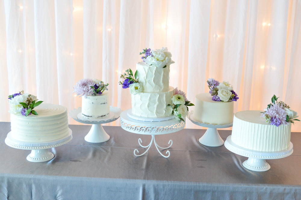 Mini Wedding Cakes2.jpg