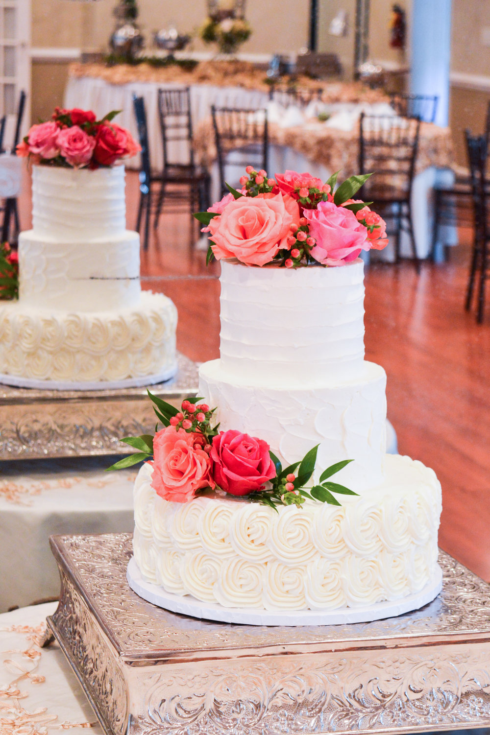 Rosette Wedding Cake w Pink Roses 2_edited.jpg