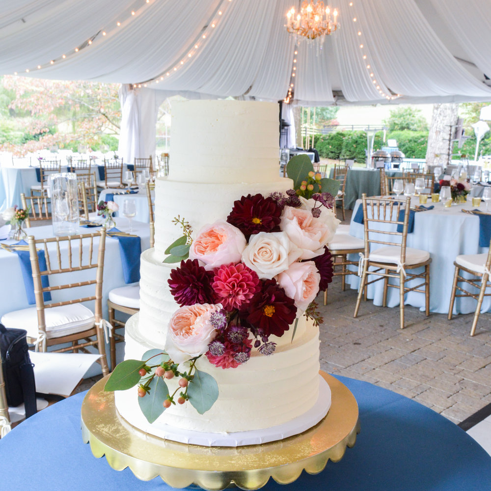 White buttercream wedding cake.jpg