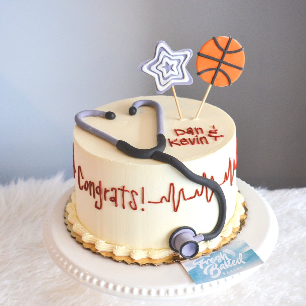 Grauduation Cake Medical Schooljpg.jpg