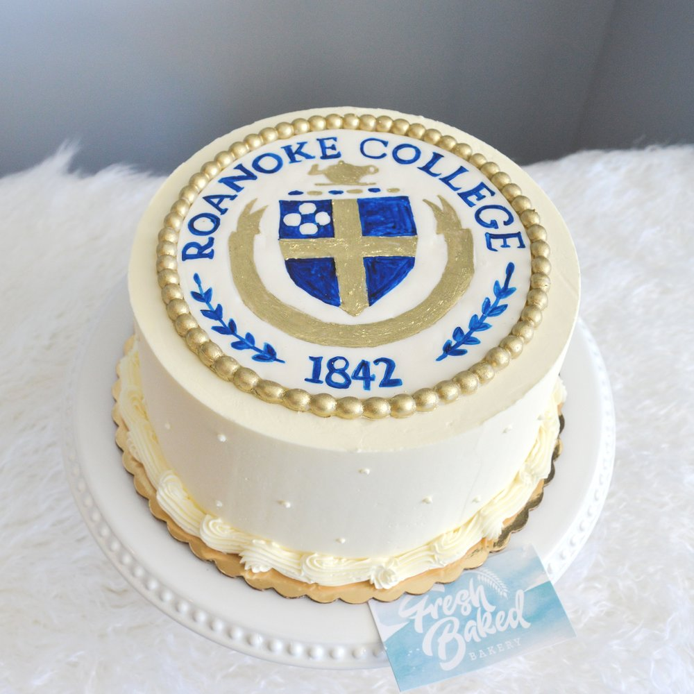 Grauduation Cake Roanoke College.jpg