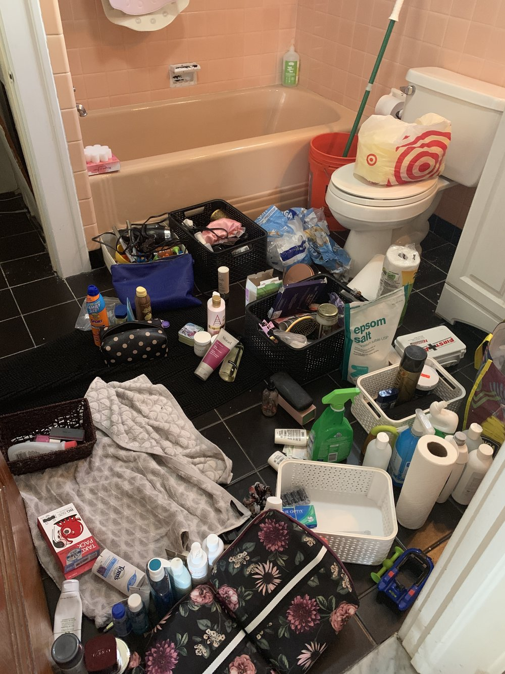 What a mess of a bathroom! #becomingaminimalist