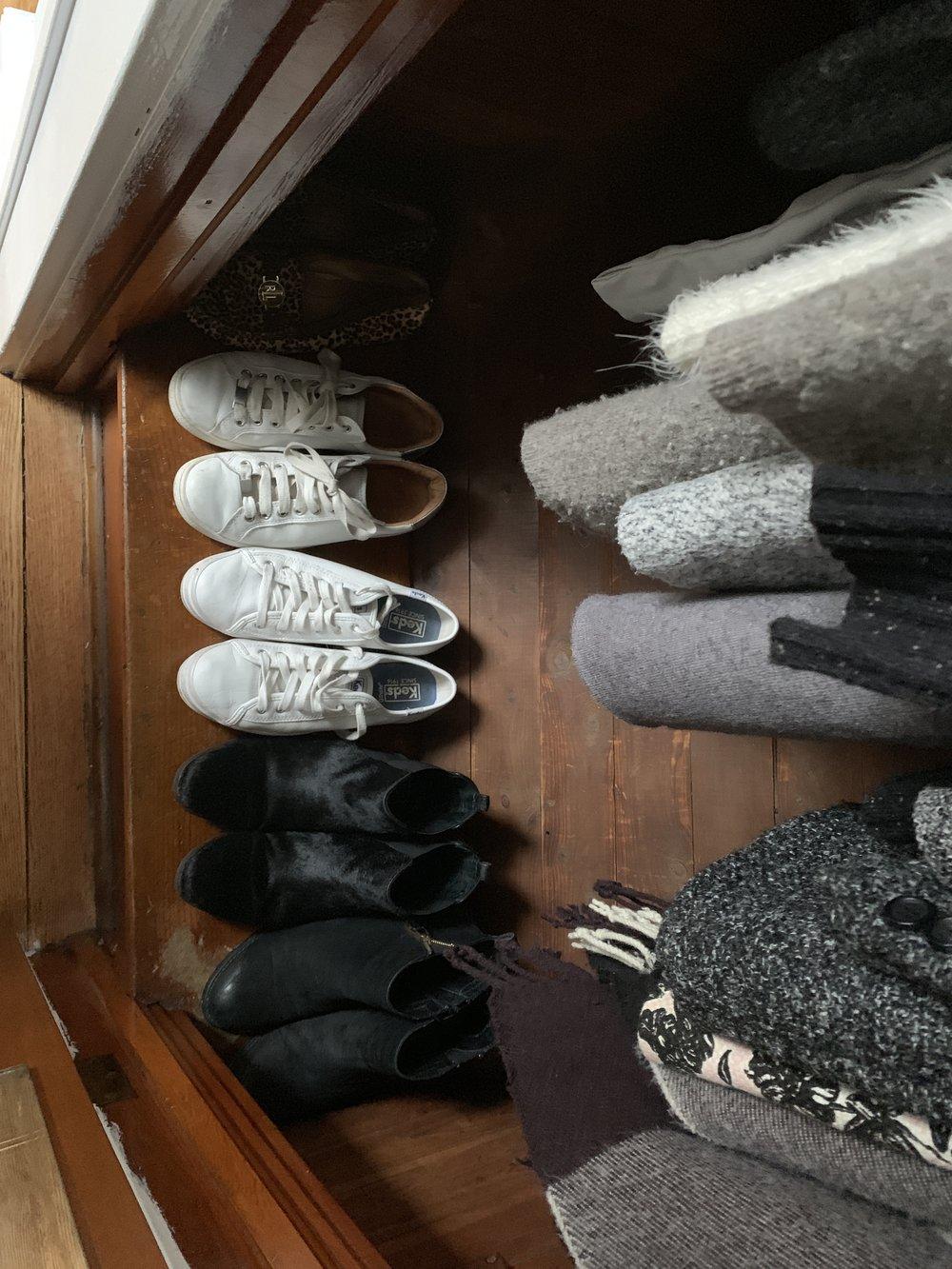 leah grey's closet 4.JPG