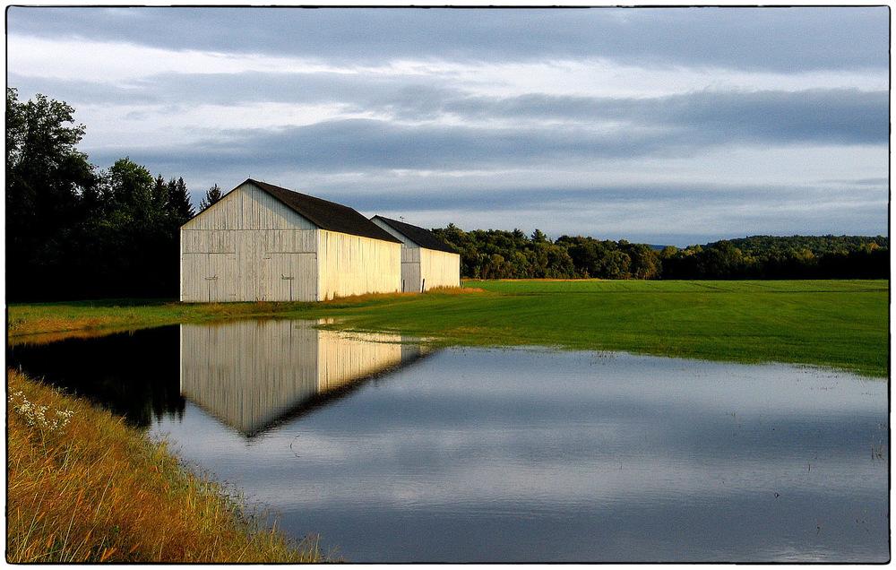 More-barns.jpg