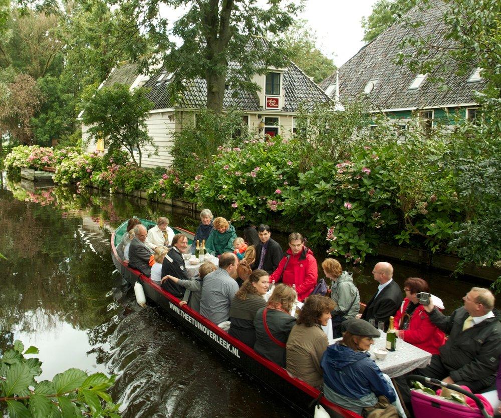 Onze groepsfluisterboot met gids Maximaal 25 personen