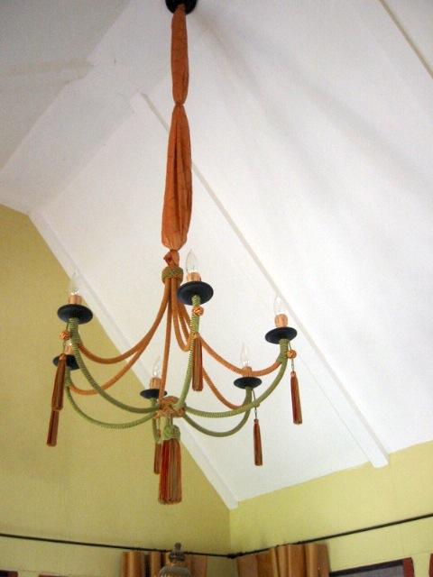 chandelier troca +sash.JPG