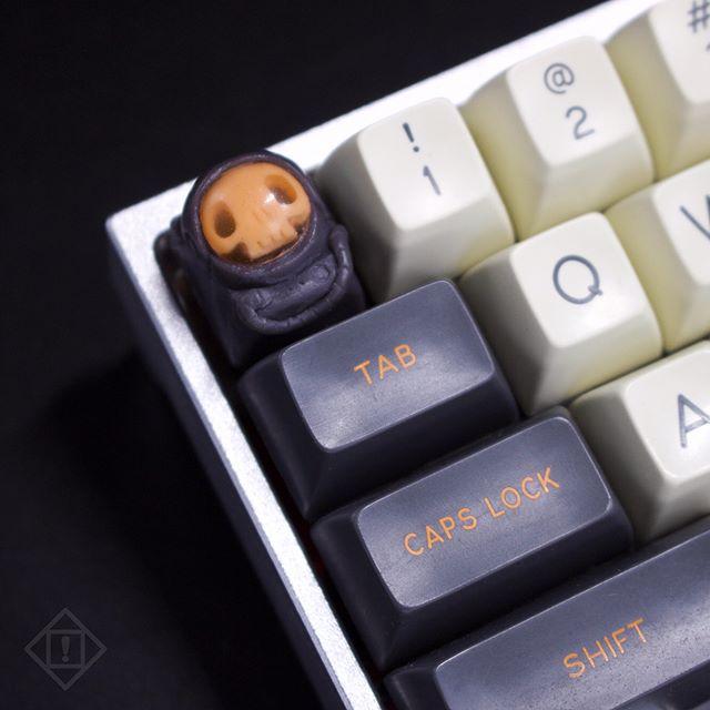 X15 & Soyuz Kosmonavt incoming. Stay tuned for more info #kosmonavt #artisankeycaps #geekhack #mechanicalkeyboard #mx #cherrymx #keyboards