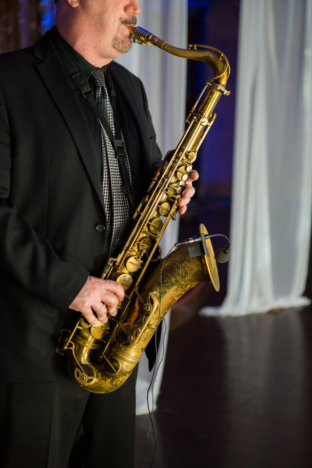nyc-wedding-sax