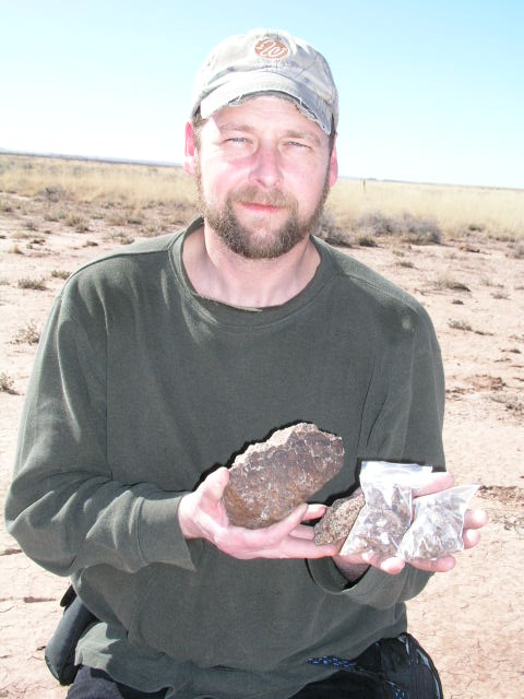 My 1.42 kg. Holbrook find. Feb 5, 2007. Now on loan to U of Az. and being displayed in Rep. Martha McSally's office at the U.S. Capitol Building, Washington, D.C.  Across the street from the White House.       photo Maria Haas
