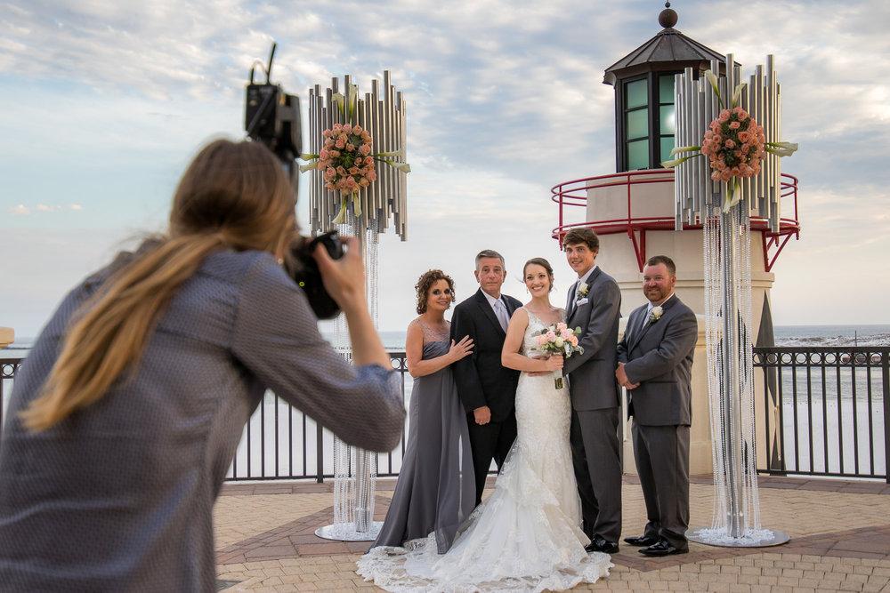 Live_Wild_Emerald_Grande_Wedding_Photos_2018-15.jpg