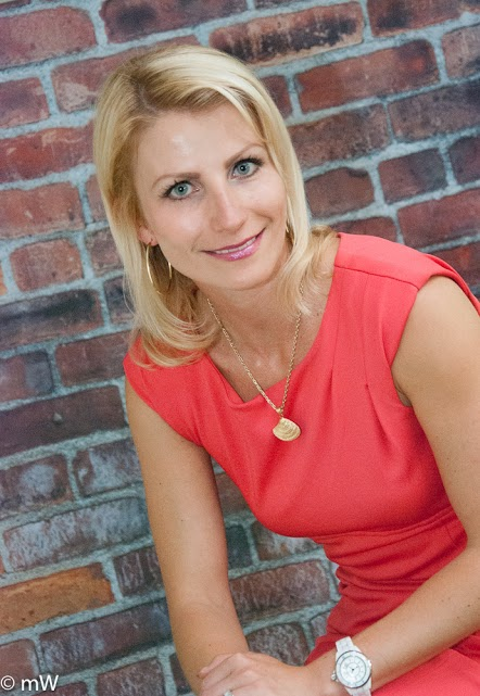 Timea Harisova  |   Associate Broker - Sales