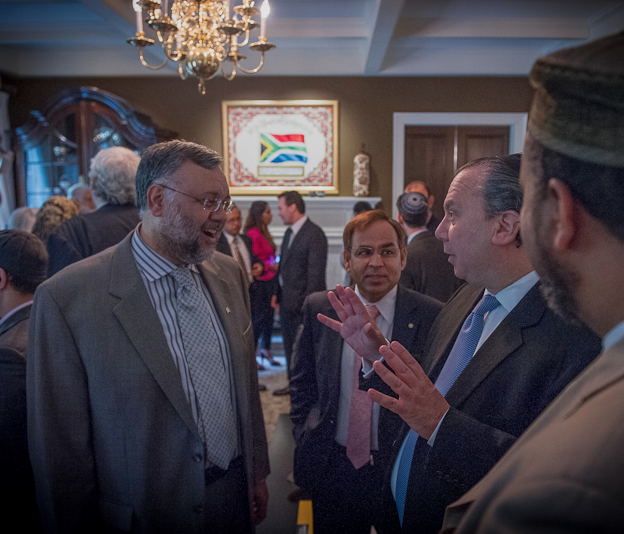 South African Ambassador Ebrahim Rasool, Dr. Maqsoud Choudry, Rabbi Marc Schneier(President of FFEU), and Imam Mohamed Magid(President of ISNA) speak at a breakfast hosted by Ambassador Rasool about how to change the paradigm of Muslim-Jewish relations in South Africa