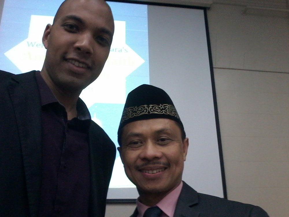FFEU Executive Director Chris Sacarabany and Nusantara Foundation President Imam Shamsi Ali